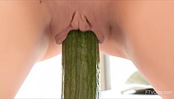 Kinky Clinger